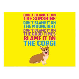 Blâmez-le sur le chien drôle de corgi carte postale