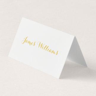 Blanc et cartes de couvert pliées par or