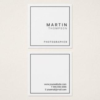 Blanc minimaliste professionnel carte de visite carré