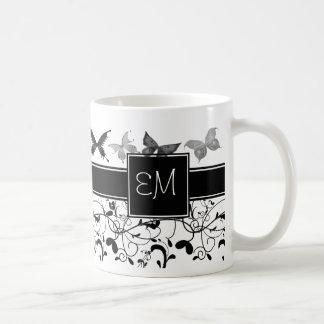 Blanc victorien de noir de Flourish de papillon Mug