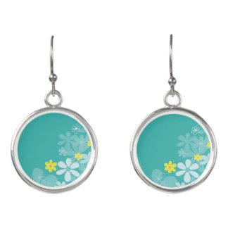 Blauwe bloemenoorringen: Nieuw in winkel