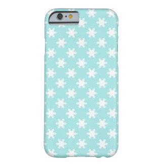 bleu clair élégant de motif de flocons de neige de coque barely there iPhone 6