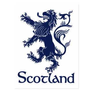 Bleu marine effréné écossais de lion carte postale