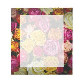 Bloc-note belle photo colorée élégante élégante de roses