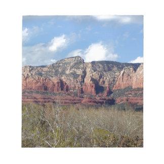 Bloc-note bloc - notes avec la photo des roches de rouge de