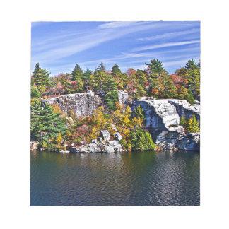 Bloc-note Feuillage d'automne autour de lac Minnewaska