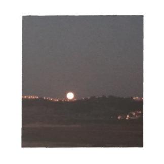 Bloc-note Lever de la lune sur les collines