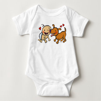 Body Baisers de nez de bébé du chien
