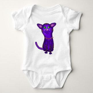 Body Chat tigré pourpre sur le bébé