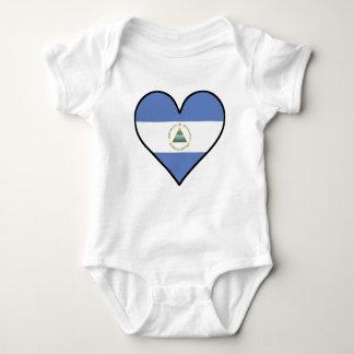 Body Coeur de Nicaragua de drapeau
