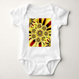 Body Collage floral de jaune gai lumineux d'été