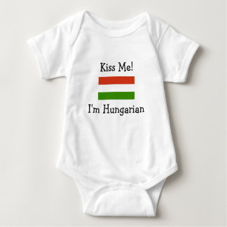 Body Embrassez-moi ! Je suis hongrois