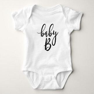 Body Manuscrit manuscrit noir du bébé B