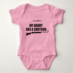 papas dadd contre filles datant fusil de chasse Pourquoi la datation du radiocarbone est fausse