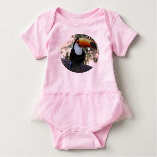 Body Toucan