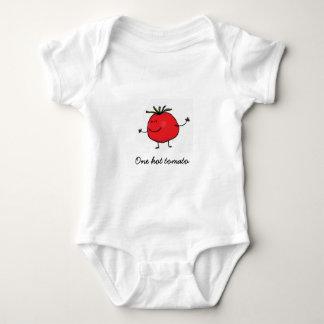 Body Une combinaison chaude de bébé de tomate