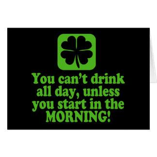 Boire drôle de Jour de la Saint Patrick Carte