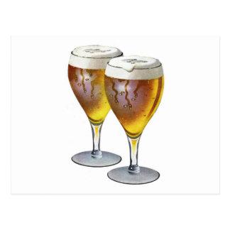 Boisson saine vintage de buveur de bière en verre carte postale
