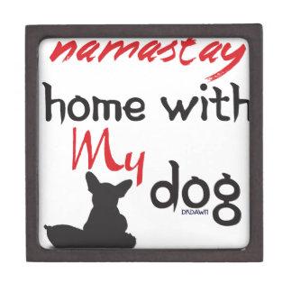 Boîte À Babioles De Première Qualité Maison de Namast'ay avec mon chien