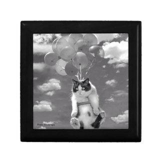 Boîte À Souvenirs Boîte-cadeau : Vol drôle de chat avec des ballons