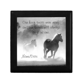 Boîte À Souvenirs Cheval galopant hors de la brume