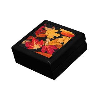 Boîte À Souvenirs Feuille d'automne dans Brown jaune orange rouge