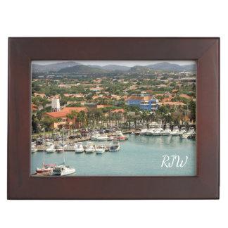Boîte À Souvenirs Marina d'Aruba décorée d'un monogramme
