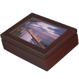 Boîte À Souvenirs Matin sur la plate-forme personnalisée