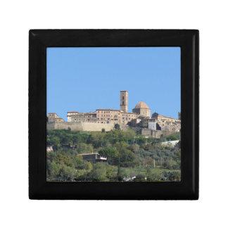 Boîte À Souvenirs Panorama de village de Volterra. La Toscane,