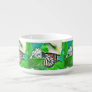 Bol de piment de papillon de monarque