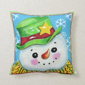 Bonhomme de neige avec un coussin de casquette