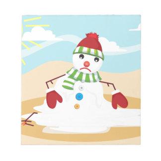 bonhomme de neige de Noël en juillet Bloc-note