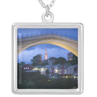 Bosnie-Hercegovine - Mostar. Le vieux pont 2 Collier