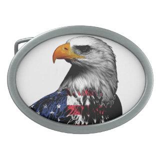 Boucle De Ceinture Ovale Eagle chauve patriotique a drapé dans le drapeau