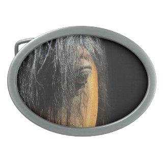 Boucle De Ceinture Ovale Oeil d'une photographie équine de cheval de baie