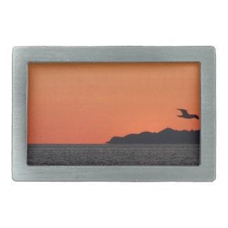 Boucle De Ceinture Rectangulaire Beau coucher du soleil de mer avec la silhouette