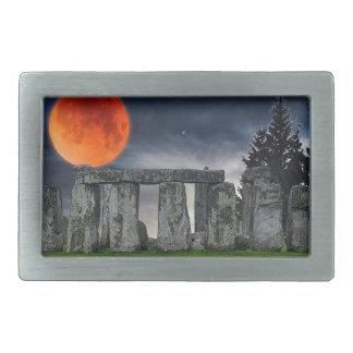 Boucle De Ceinture Rectangulaire Stonehenge antique et pleine lune rouge mystique