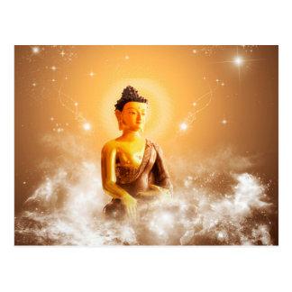 Bouddha avec des nuages et des étoiles carte postale