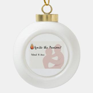 Boule En Céramique Mettez à feu l'ornement en céramique de boule de