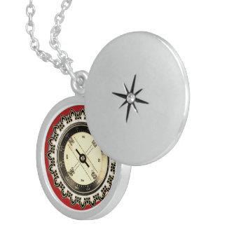 Boussole de Faux de pendentif d'argent sterling