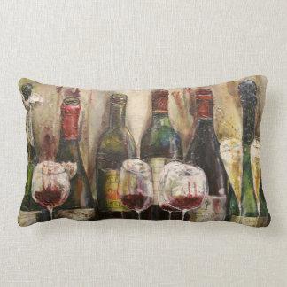 Bouteilles de vin et coussin lombaire en verre