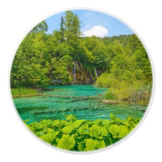 Bouton De Porte En Céramique Cascades au parc national de Plitvice en Croatie