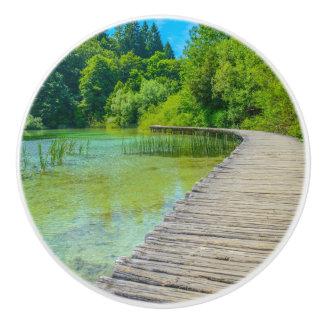 Bouton De Porte En Céramique Chemin de randonnée en parc national de Plitvice
