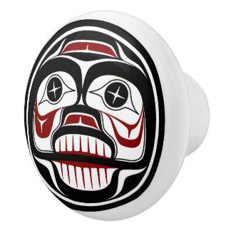 Bouton De Porte En Céramique Crâne pleurant de Haida du nord-ouest de Côte