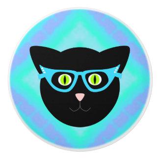 Bouton De Porte En Céramique Le chat noir en verres teignent en nouant dessus