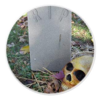 Bouton De Porte En Céramique Pierre tombale et crâne