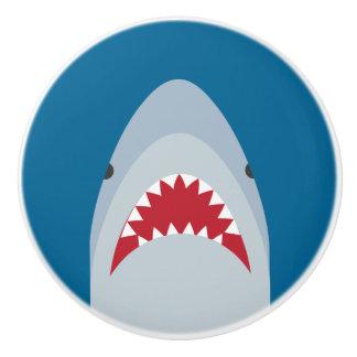 Bouton de tiroir d'attaque de requin