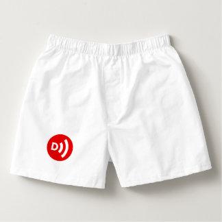 Boxeurs abattus de logo dans le blanc