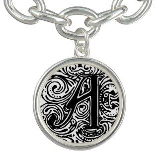 """Bracelet de charme de la lettre noire """"A"""" de"""