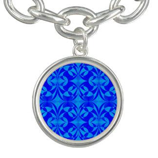Bracelets Avec Breloques Papillon bleu par Kenneth Yoncich